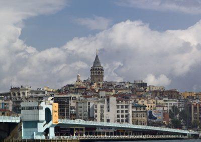 Istanbul, Galataturm Teil der Galatabruecke.